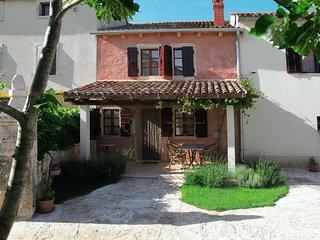 2 bedroom Villa in Gljuščići, Istria, Croatia : ref 5638353