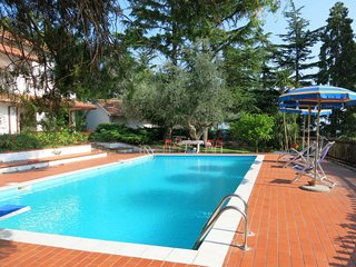 1 bedroom Villa with Pool and WiFi - 5650754