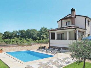 2 bedroom Apartment in Vržnaveri, Istria, Croatia : ref 5654723