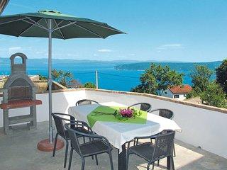 2 bedroom Villa with Air Con and WiFi - 5641174
