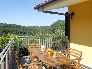 2 bedroom Apartment in Stabbiano di Sotto, Tuscany, Italy : ref 5682856