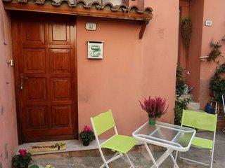 1 bedroom Apartment in Mortola Inferiore, Liguria, Italy : ref 5683157