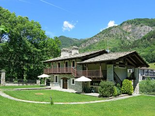 2 bedroom Apartment in Alpe Tartarea, Piedmont, Italy - 5657056