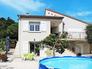 1 bedroom Apartment in Six-Fours-les-Plages, France - 5650073