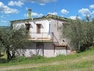 2 bedroom Apartment in Santa Maria a Sciano, Tuscany, Italy : ref 5655035