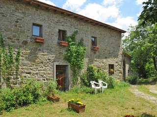 2 bedroom Villa in Cigliano, Tuscany, Italy : ref 5655564