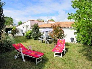 2 bedroom Villa in Bégadan, Nouvelle-Aquitaine, France : ref 5654270