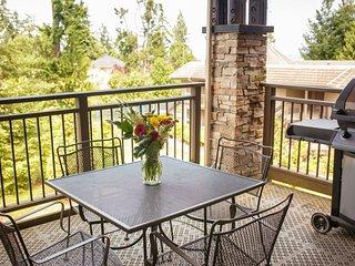 Parksville Sunrise Ridge Waterfront Resort 2 Bedroom Condo