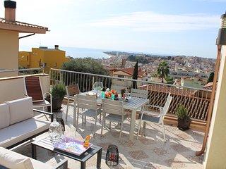 House panorama luxury desing a 600 m beach