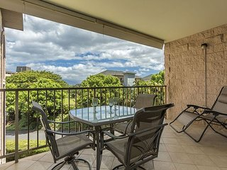 Kihei Alii Kai A305 Closest building to Kamaole Beach #One.  1/1 Sleeps 4!