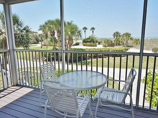 Feel Right at Home! View of the Gulf easy access to Pool and Beach!  A3611A
