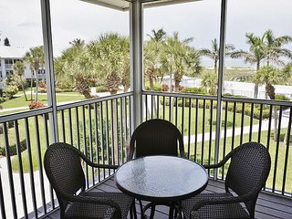 2nd Floor Gulf view villa close to Pool and Restaurants on Resort!  B3522B