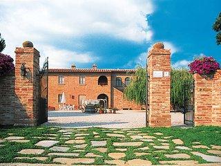 2 bedroom Apartment in Foiano della Chiana, Tuscany, Italy : ref 5446278