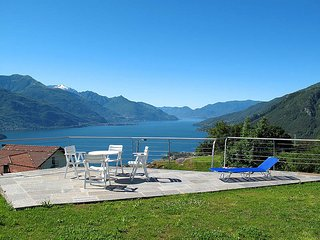 1 bedroom Apartment in Gravedona, Lombardy, Italy : ref 5436799