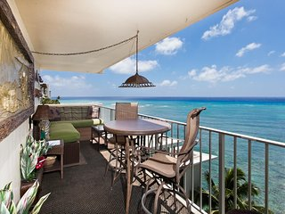 Diamond Head Beach Hotel & Residences 901 - 2 Bdrms, Kitchen, Oceanfront Balcony