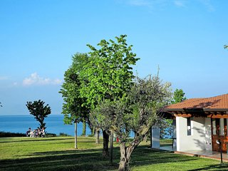 1 bedroom Apartment in Manerba del Garda, Lombardy, Italy - 5642604