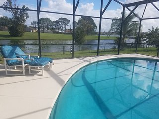 BP33 : 3 BR/2 Bath Pool Home, Lake View, Disney