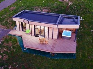 Nature Cottage Vosges Gite insolite avec spa privatif, proche GERARDMER