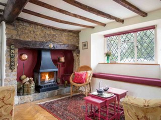 The cosy living room, with lots of traditional character