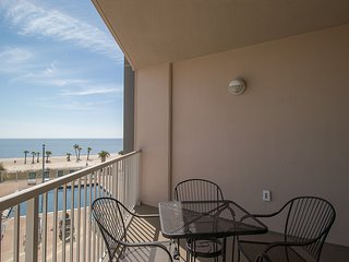 Sea Breeze 2BR Suite w/ WiFi, Balcony, Pool & Fitness Center Access