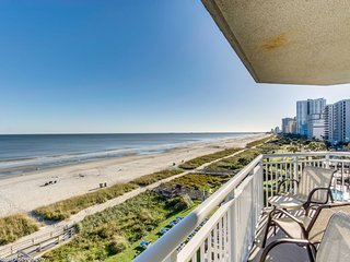 Corner Glass Oceanfront Unit With Spectacular Views