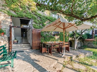 4 bedroom Villa in Porcigatone, Emilia-Romagna, Italy : ref 5540287