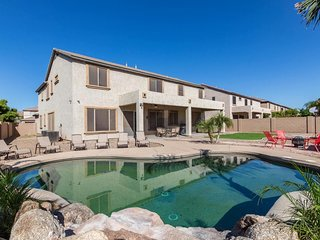 Risata Luxury Estate by Scottsdale Stays-Heated Pool-Spa-Sports Court-Pool