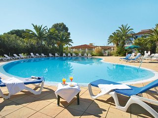 1 bedroom Apartment in Beauvallon, Provence-Alpes-Cote d'Azur, France - 5652977