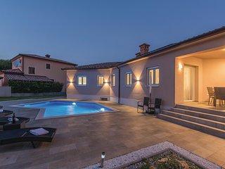 3 bedroom Villa in Veli Golji, Istarska Zupanija, Croatia - 5571504