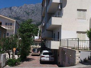 6071 A(6+2) 1. kat - Makarska