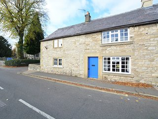 65683 Cottage situated in Ashford In The Water
