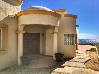 Stunning 3 Bedroom Beach Villa on Sandy Beach at Las Palmas Beachfront Resort V2