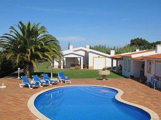 4 bedroom Villa in Amoreira, Leiria, Portugal : ref 5436376