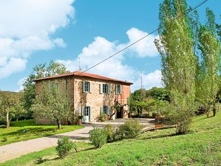 4 bedroom Apartment in Panzano, Tuscany, Italy - 5656128