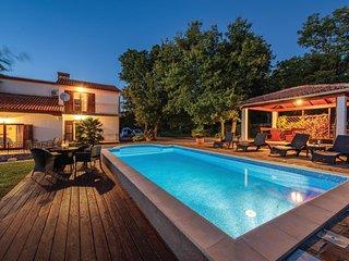 5 bedroom Villa in Krapan, Istria, Croatia : ref 5520271