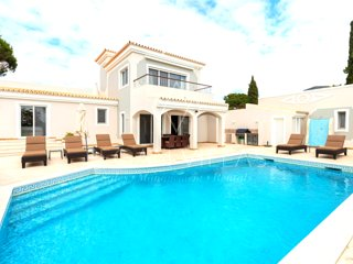 4 bedroom Villa in Vale do Garrao, Faro, Portugal : ref 5489442