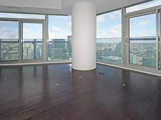 LUXURY condo, AMAZING view, CENTRE of Toronto
