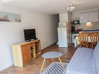 1 bedroom Apartment in Légenèse, Brittany, France : ref 5559948