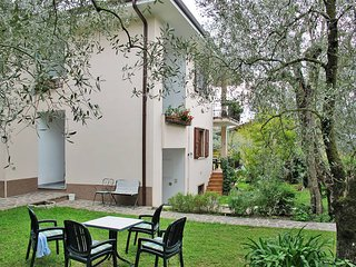 2 bedroom Apartment in Malcesine, Veneto, Italy : ref 5438733