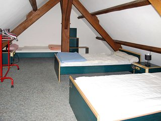 Plovan Holiday Home Sleeps 6 - 5802079