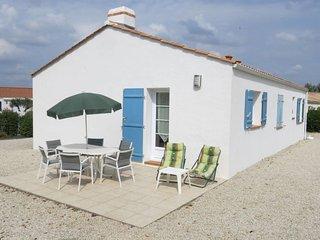 3 bedroom Villa in La Chaize-Giraud, Pays de la Loire, France : ref 5638179