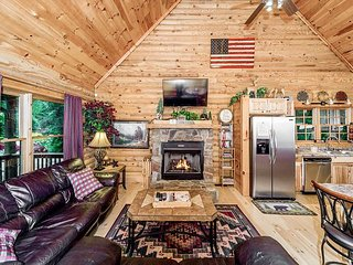 3BR Riverside Cabin Retreat on 1 Acre w/ Private Hot Tub – Near Lake & Beach