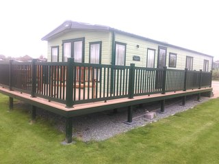 Stables66, Hafan Y Mor Holiday Park,Pwllheli -2017 Platinum Slim-Line Lodge 3Bed