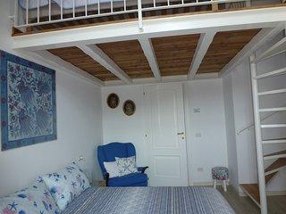 Casa Lago, appartamento del 1600 con entrata diretta sulla spiaggia