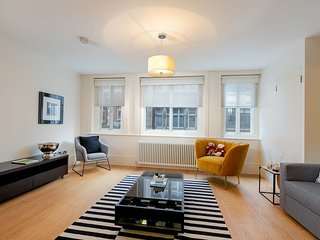 D'Arblay Street, Lovely One-Bedroom Flat