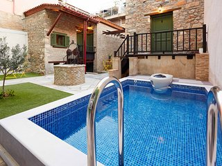 Special Offer Apartment with Balcony in the heart of city!!