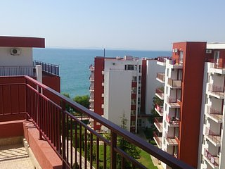 Marina View Fort Beach, 1BDR. Up to 3-4 person