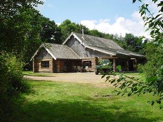 Tamarack Lodge log Cabin