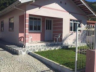 Casa Veraneio Bombinhas/Zimbros
