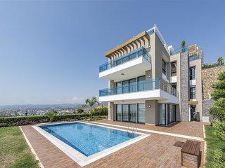 Elite Admiral Premium : 3 Floor Villas